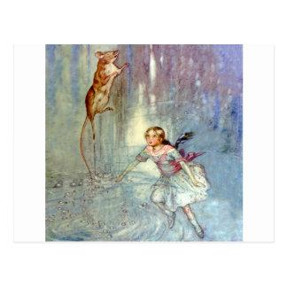 Alice und das MäuseSchwimmen im Pool der Risse Postkarte