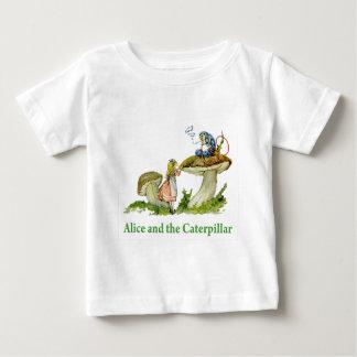 Alice und die Raupe Baby T-shirt