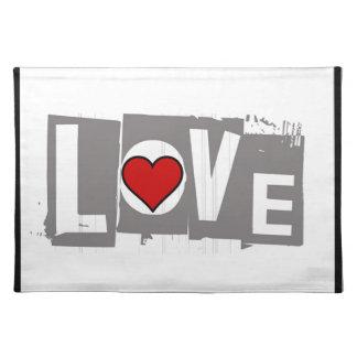 Alle, die Sie benötigen, ist Liebe ist alle Sie Stofftischset