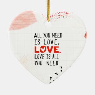 Alle, die Sie benötigen, ist Liebe Keramik Ornament