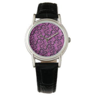 Alle Herzen magentarot Armbanduhr