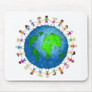 Alle Kinder der Welt Mauspad