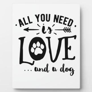 Aller, den Sie benötigen, ist Liebe und ein Fotoplatte