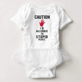Allergisch zu den dummen Leuten Baby Strampler