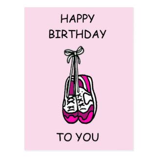 Alles Gute zum Geburtstag, rosa Trainer für Postkarte