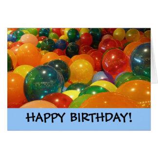 Alles Gute zum Geburtstag steigt Karte im Ballon