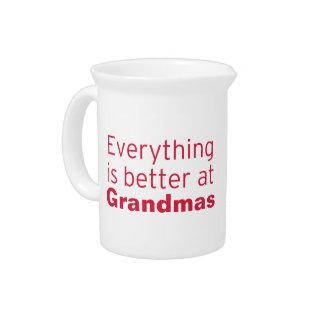 Alles ist an der Großmutter besser Getränke Pitcher