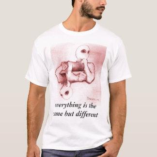 alles ist das selbe aber das unterschiedlich T-Shirt