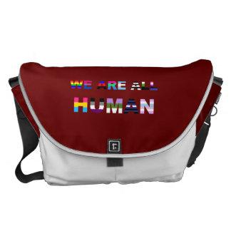 Alles menschliche Rot Kurier Tasche