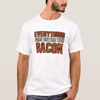 ALLES PASST BESSER ZU SPECK T-Shirt