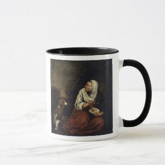 Alte Frau mit Hund Tasse