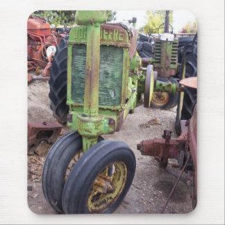 Alte grüne Traktoren der Liebe I Mousepad