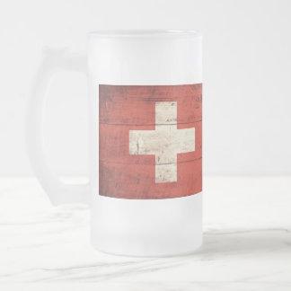 Alte hölzerne die Schweiz-Flagge Mattglas Bierglas