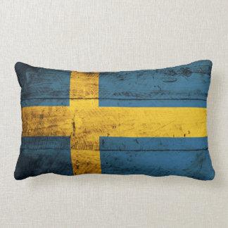 Alte hölzerne Schweden-Flagge Kissen