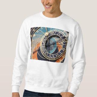 Alte mittelalterliche astrologische Uhr Tscheche Sweatshirt