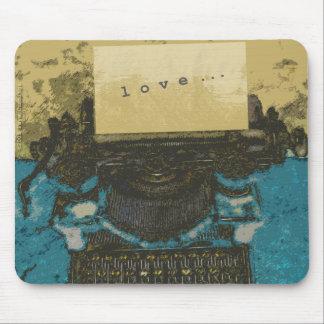 Alte Schreibmaschinen-Liebe… Mousepad