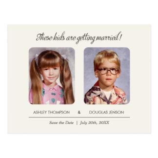 Alte SchulFoto-Save the Date Postkarte