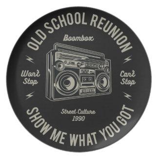 Alte SchulWiedersehen zeigen mir, was u Boombox Melaminteller