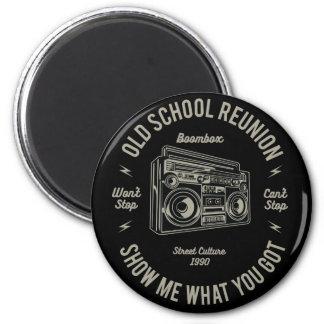 Alte SchulWiedersehen zeigen mir, was u Boombox Runder Magnet 5,1 Cm