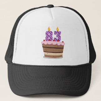 Alter 83 auf Geburtstags-Kuchen Truckerkappe