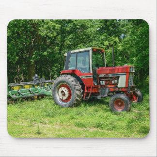 Alter internationaler Traktor Mousepad