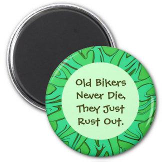 alter Radfahrer-Spaß Runder Magnet 5,7 Cm