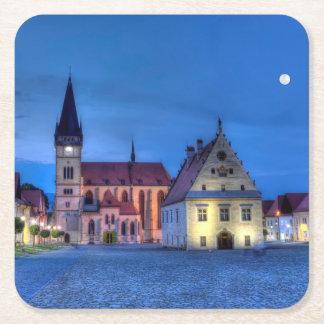 Alter Rathausplatz in Bardejov, Slowakei, HDR Rechteckiger Pappuntersetzer