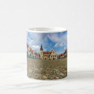 Alter Rathausplatz in Bardejov, Slowakei Kaffeetasse