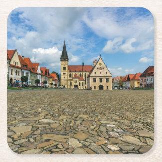 Alter Rathausplatz in Bardejov, Slowakei Rechteckiger Pappuntersetzer