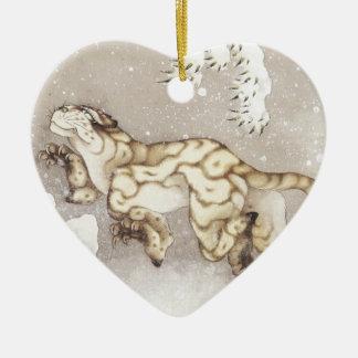 Alter Tiger im Schnee Keramik Herz-Ornament
