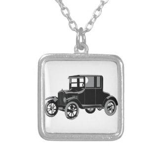Altes Auto Halskette Mit Quadratischem Anhänger