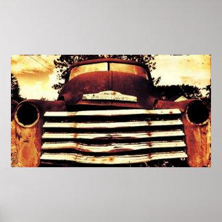 Altes Chevy, das LKW bewirtschaftet Poster