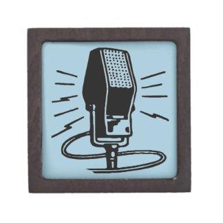 Altes Mikrofon Schachtel