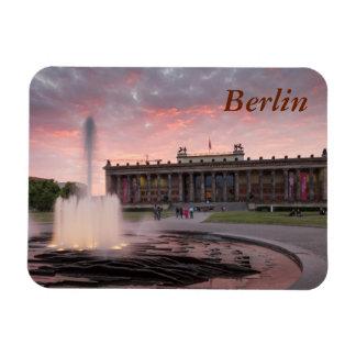 Altes Museum und Lustgarten in Berlin Magnet