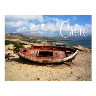 Altes verwittertes Boot auf Kreta-Ufer Postkarte