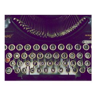 Altmodische Schreibmaschine Postkarte