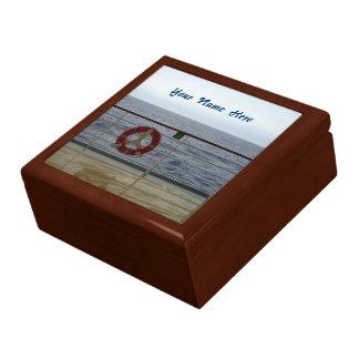 Am Geländer personalisiert Geschenkbox