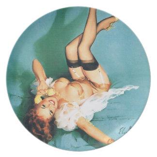 Am Telefon - Vintages Button herauf Mädchen Flache Teller