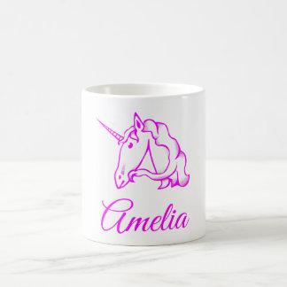 Amelia oder Ihr rosa Namensunicorn-niedliches Kaffeetasse