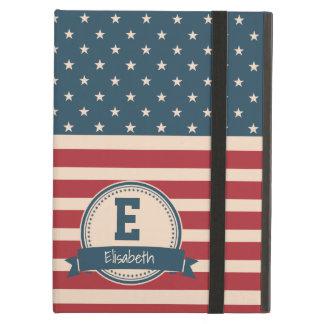 Amerikaner spielt patriotisches Flaggenmonogramm
