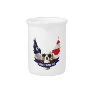 Amerikaner zum Knochen-Schädel Krug