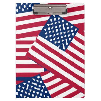 Amerikanische Flagge in der Deckung Klemmbrett