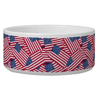 Amerikanische Flagge in der Deckung Napf