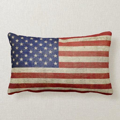 Amerikanische Flagge mit Vintagem Ende Zierkissen