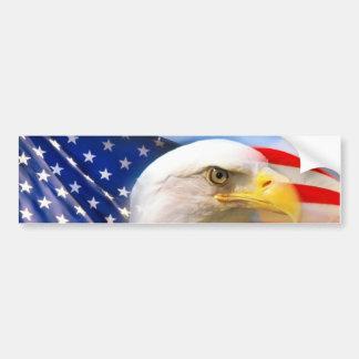 Amerikanische Flagge mit Weißkopfseeadler Autoaufkleber