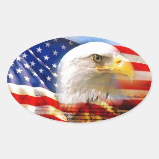 Amerikanische Flagge mit Weißkopfseeadler Ovaler Aufkleber
