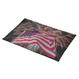 Amerikanische Flagge und Feuerwerke Tischset