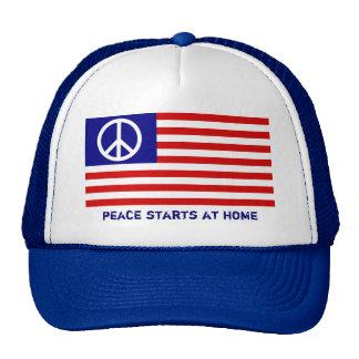 Amerikanische Flagge und Friedenszeichen Trucker Cap
