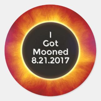 Amerikanische Sonnenfinsternis erhält Mooned am Runder Aufkleber