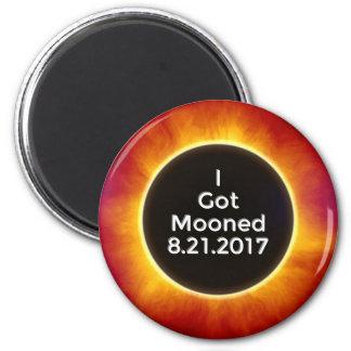 Amerikanische Sonnenfinsternis erhält Mooned am Runder Magnet 5,7 Cm